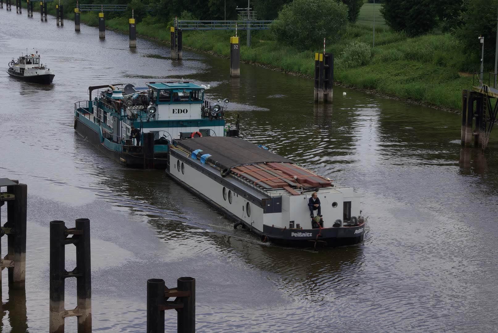 Überführungsfahrt auf der Weser